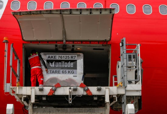 AirAsia ramps up cargo services with blockchain technology