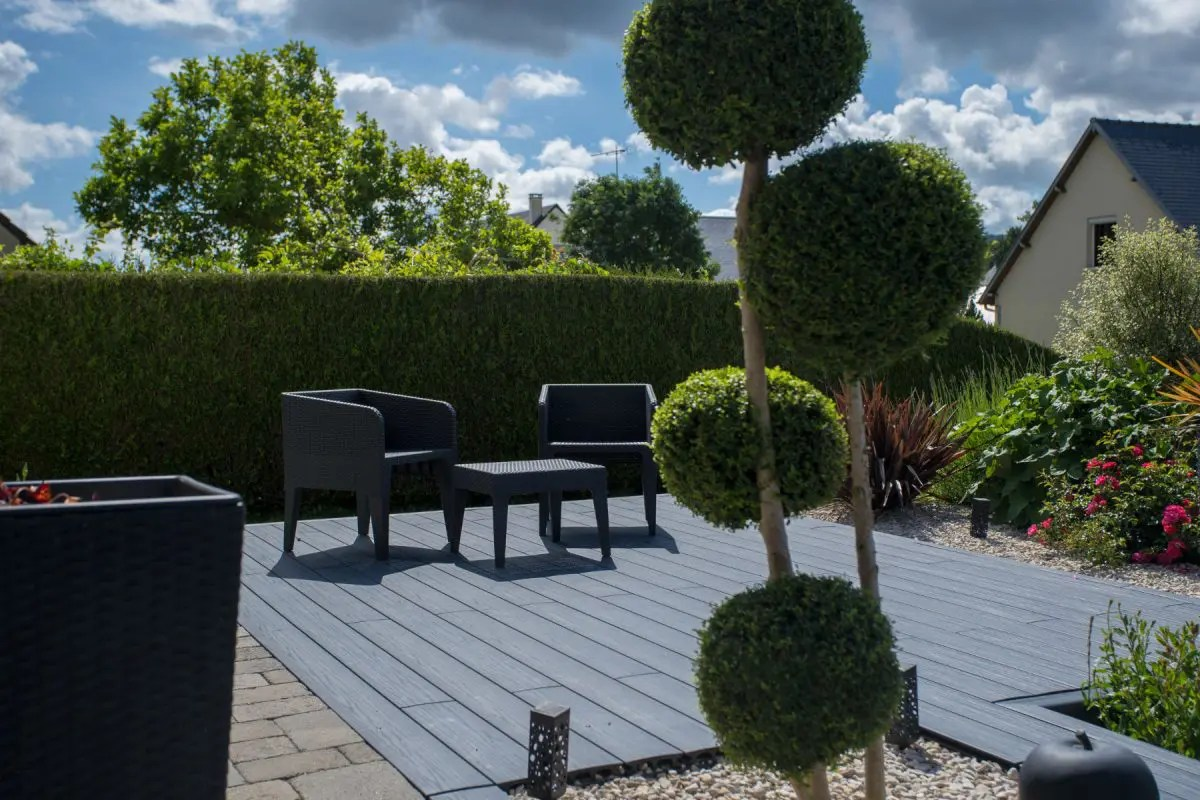 une terrasse moderne a vire