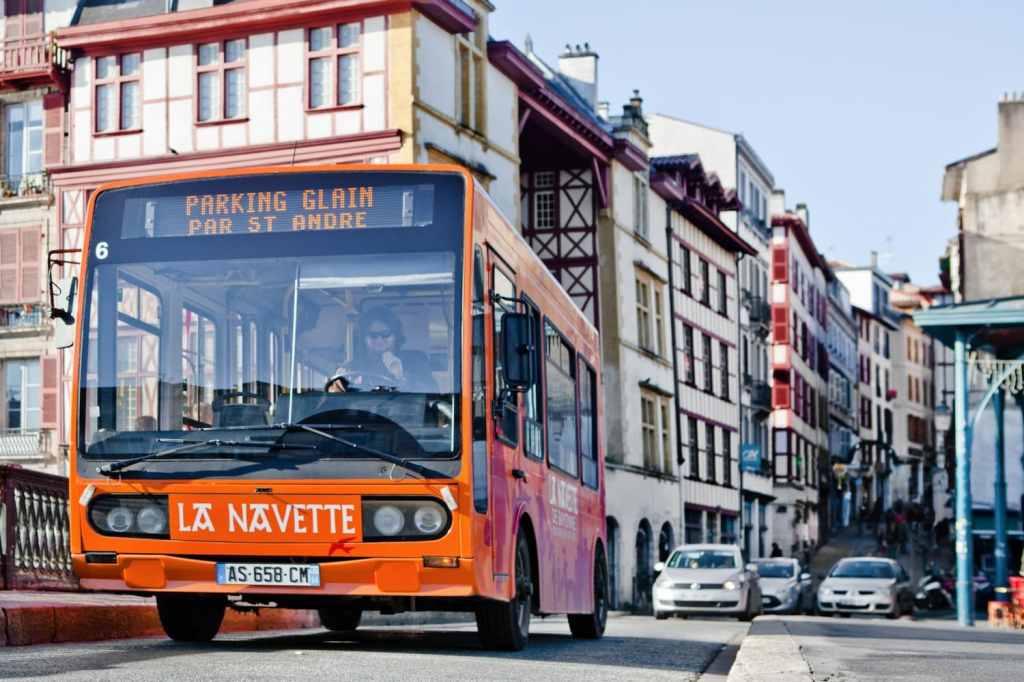 Navette Gros Plan