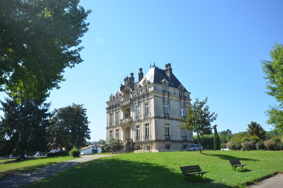 Chateau_de_Lota_Ustaritz