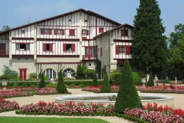 villa-arnaga-cambo-pays-basque