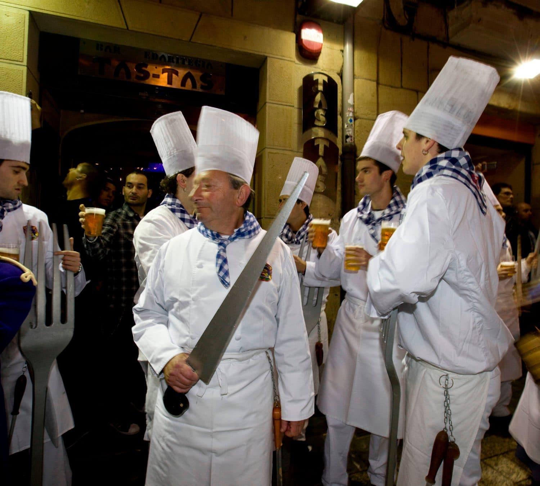 parte-Vieja-Donosti-Tamborrada-Fiesta-San-Sebastian-pays-basque