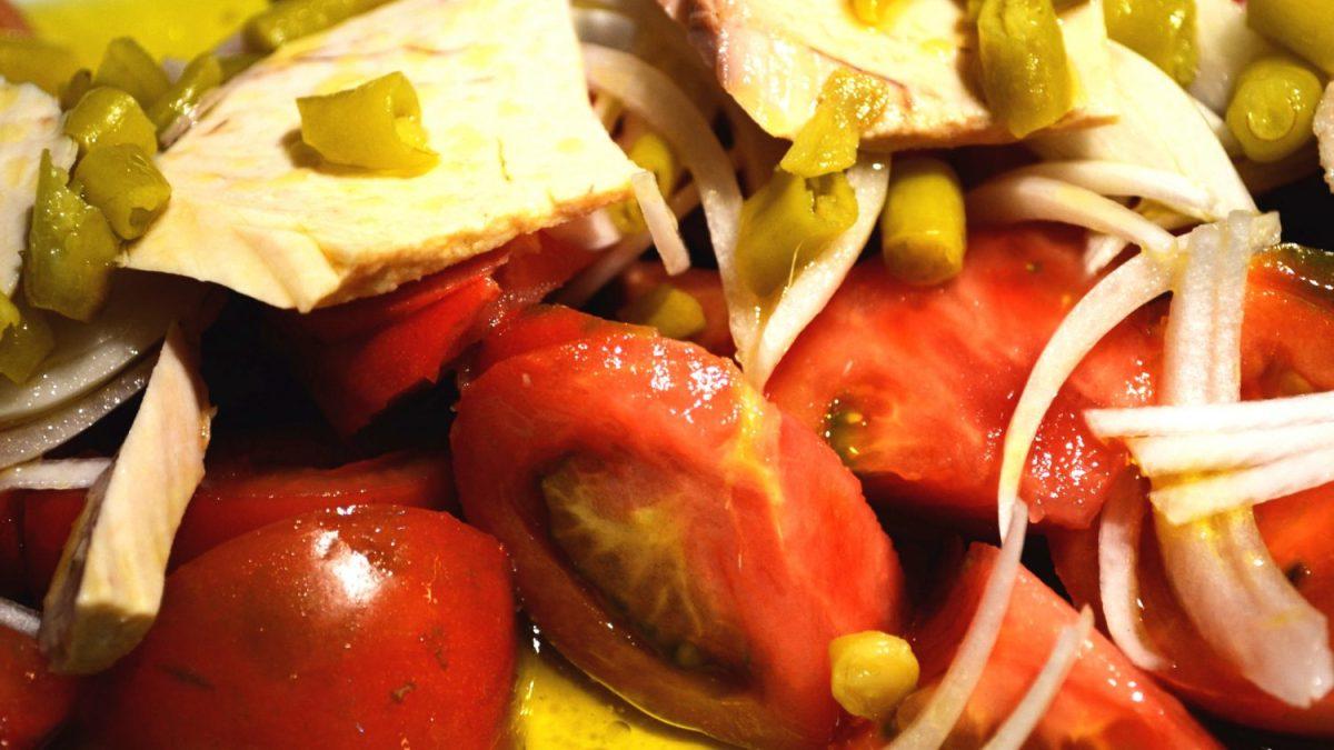 bodega-pays-basque-san-sebastian-pintxos-donostia-salade