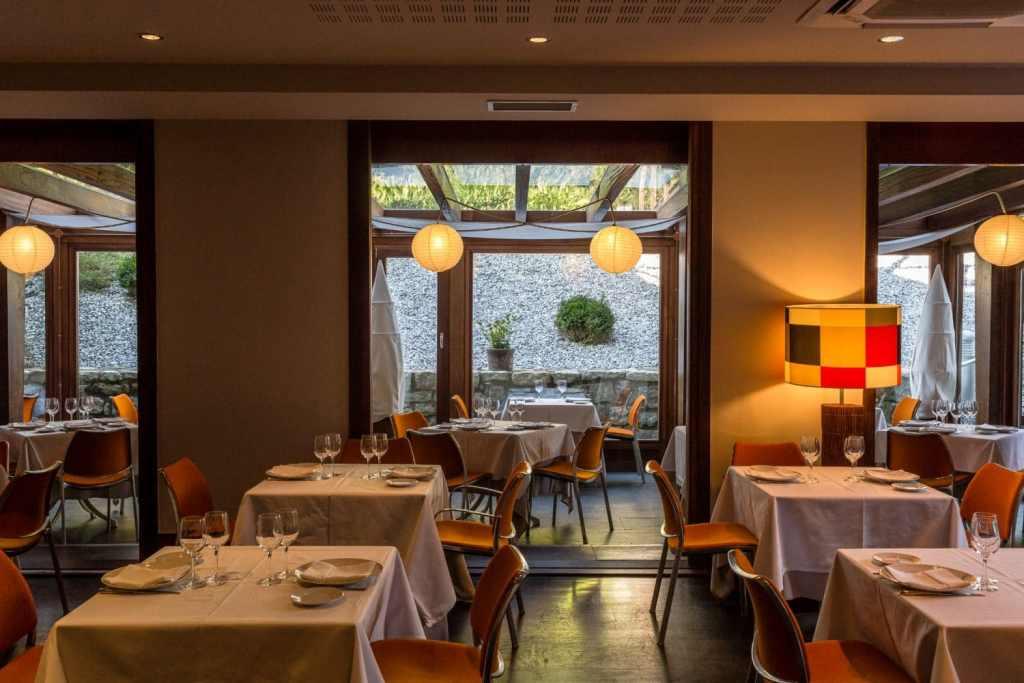 hotel-Rio-Bidasoa-salle-restaurant-pays-basque-pais-vasco