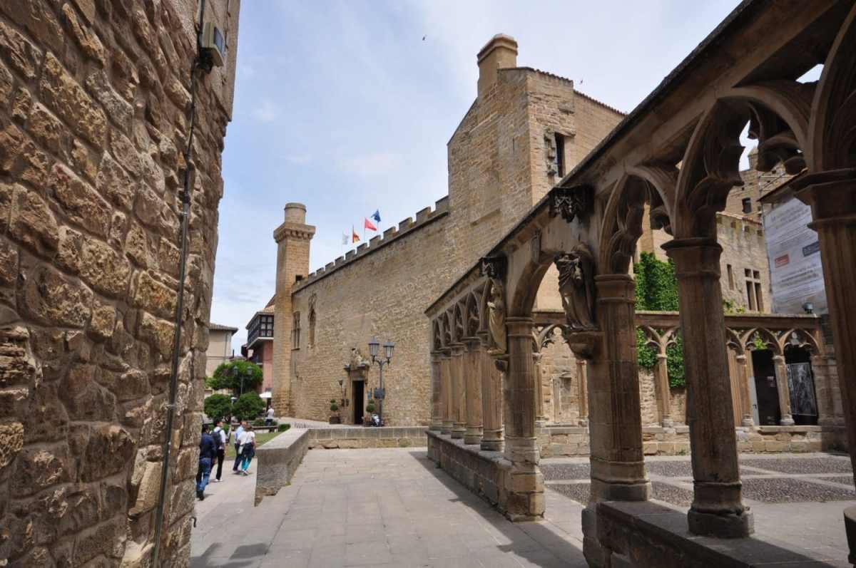 palais_royal_olite_pays_basque