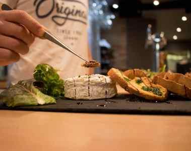 izarrena-petit-bayonne-restaurant-pays-basque