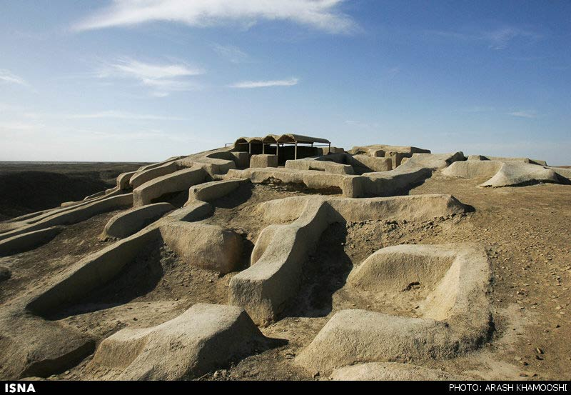 https://i0.wp.com/www.payvand.com/news/14/jun/Shahr-e-Sukhteh--Burnt-City-ruins-Iran-1-HR.jpg