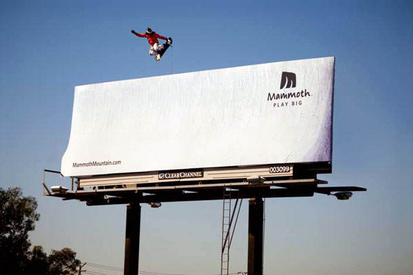 mammoth-snowboard-snow-creative-billboard