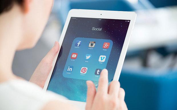 Social-media-SHUTT_3577143b