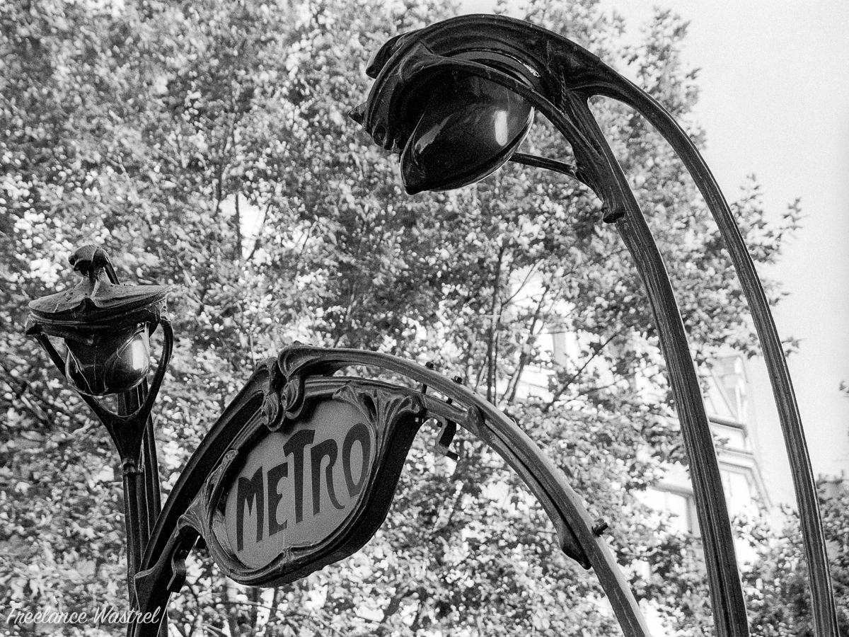 Metro sign, Paris, September 2000