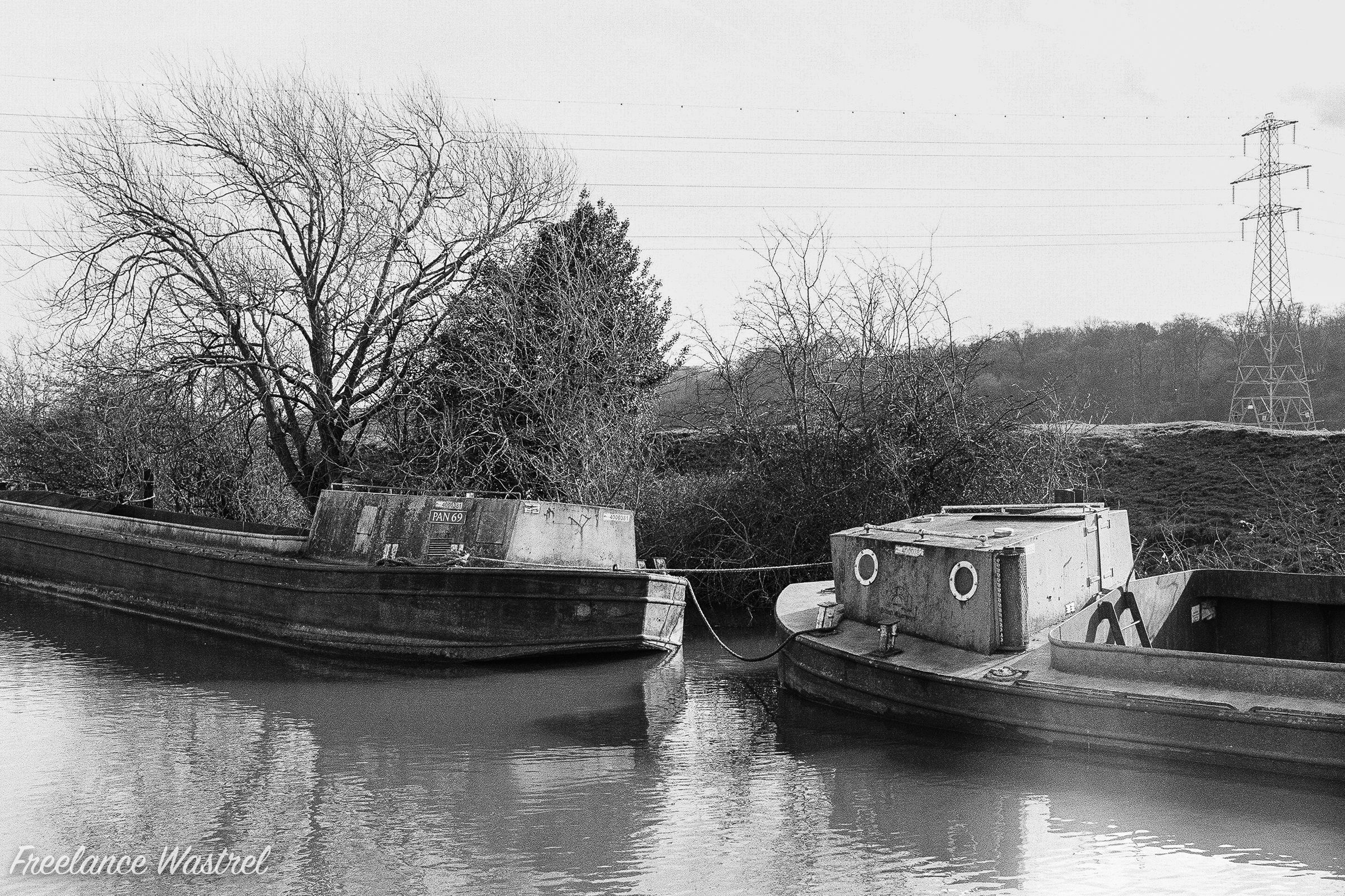 Barges on the Cranfleet Canal, February 2018