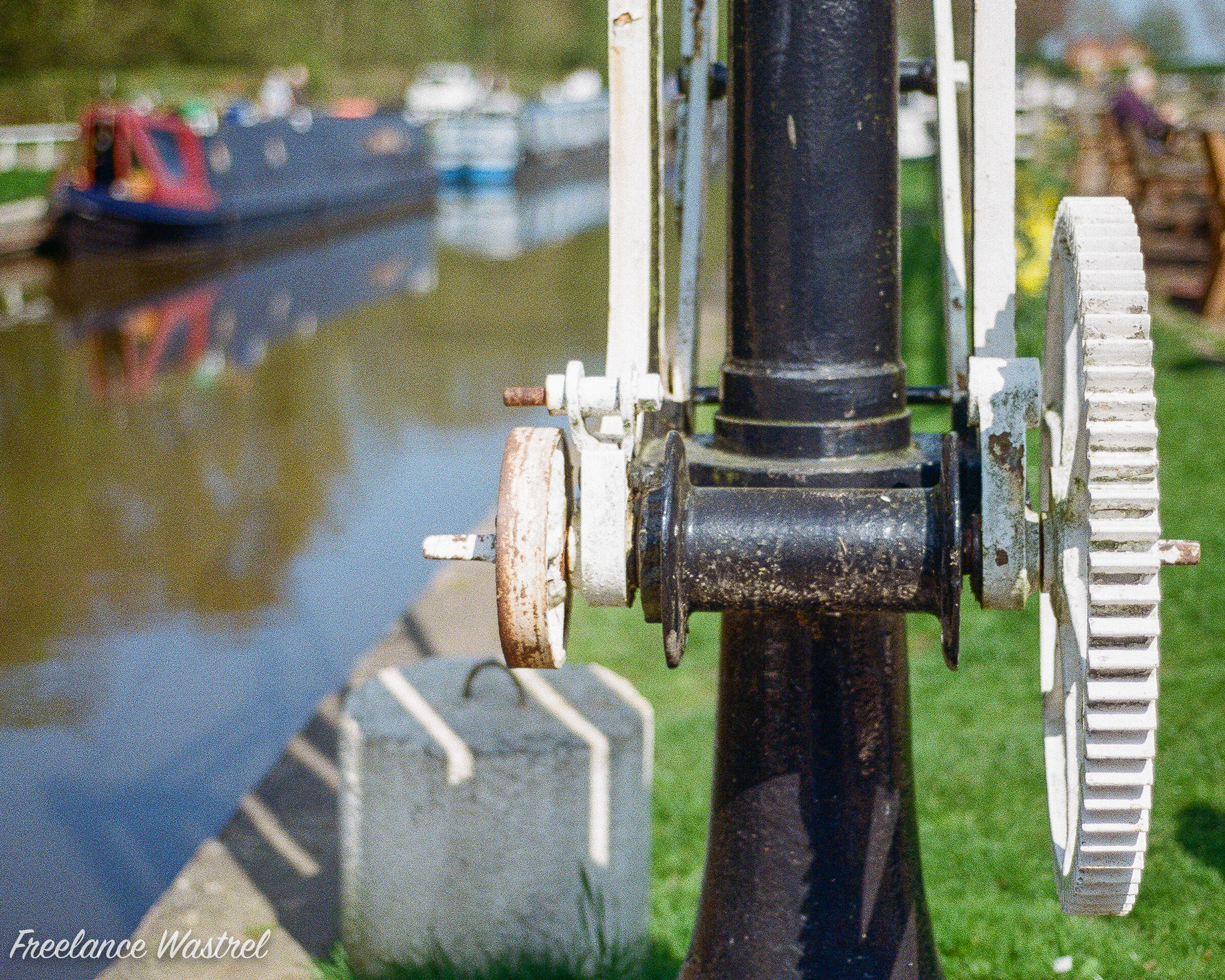 Canalside crane, Fradley Junction