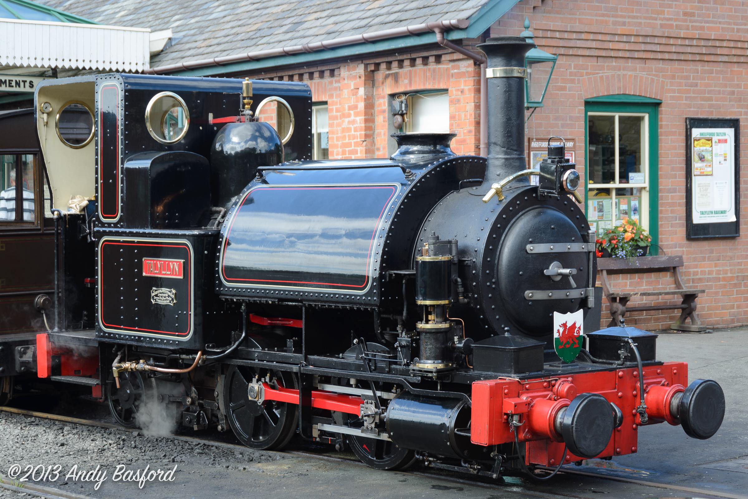 FJ 0-4-2ST TALYLLYN (works no.42 of 1865)-20130816