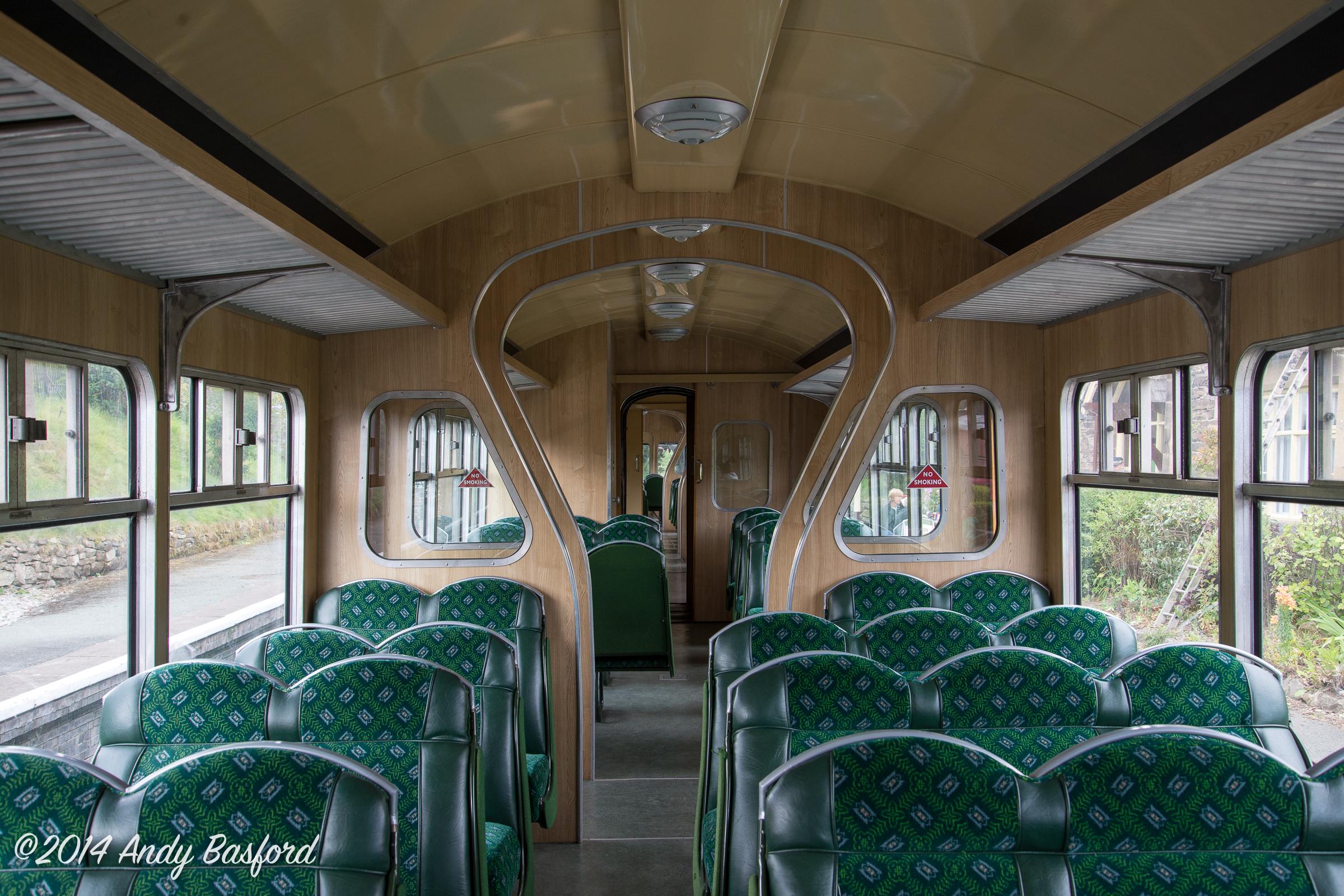 Class 109 DTCL interior-20140816