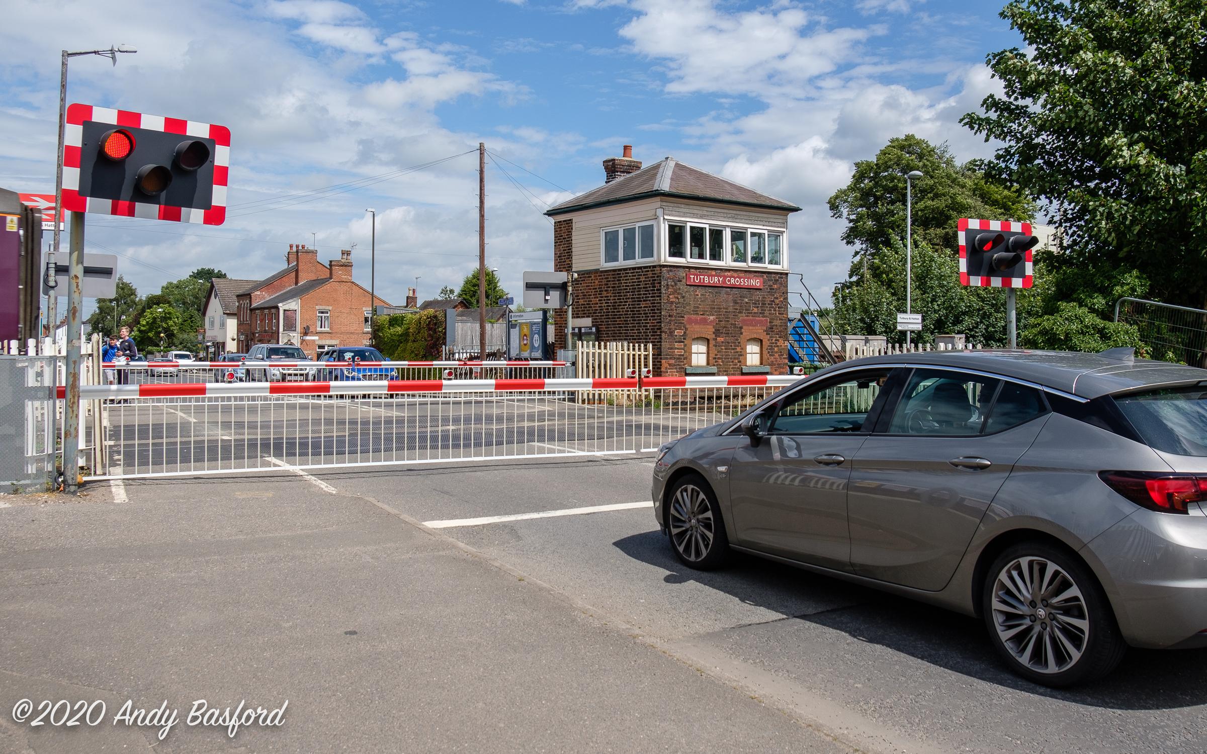 Tutbury Crossing-20200630