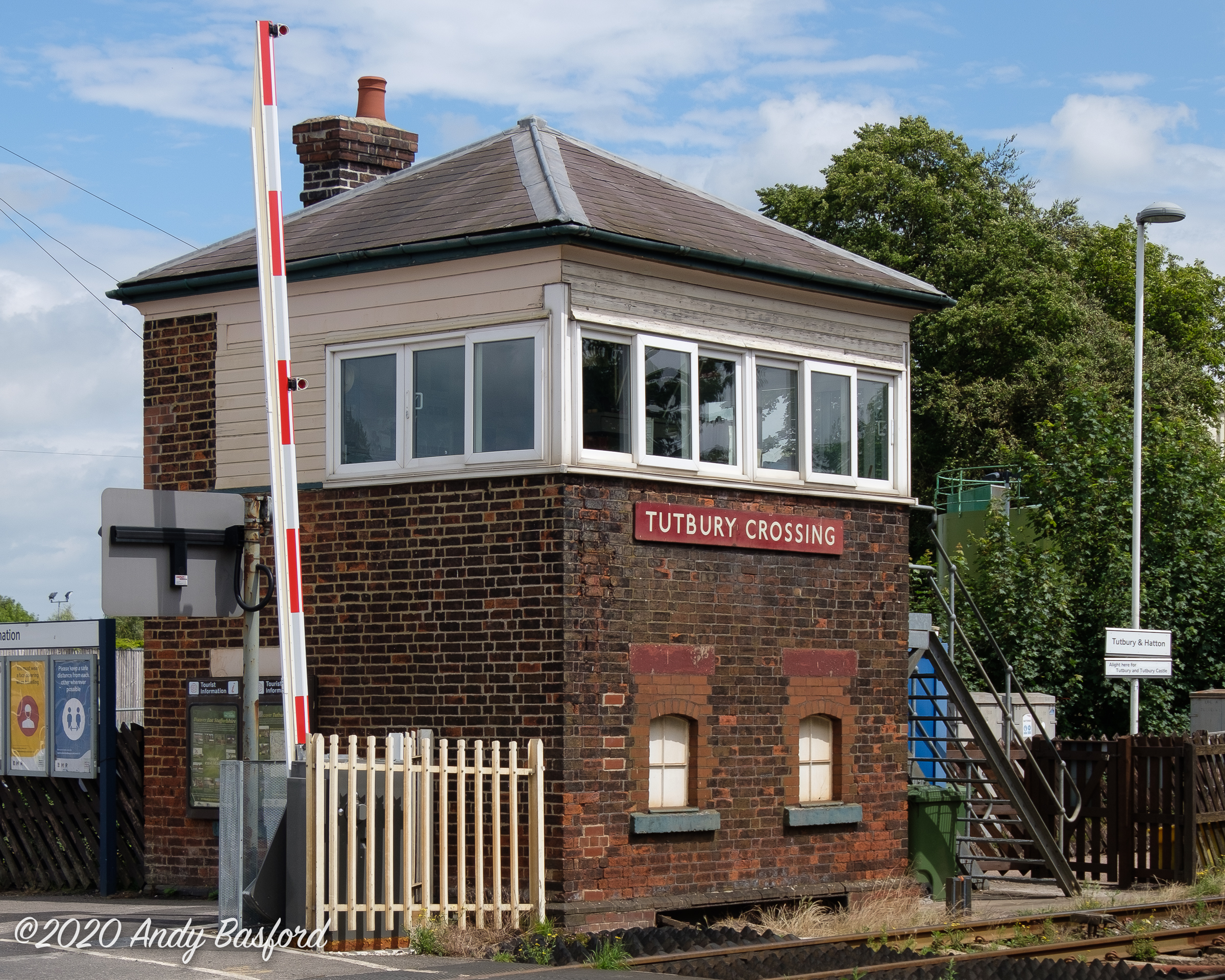 Tutbury Crossing signal box-20200630
