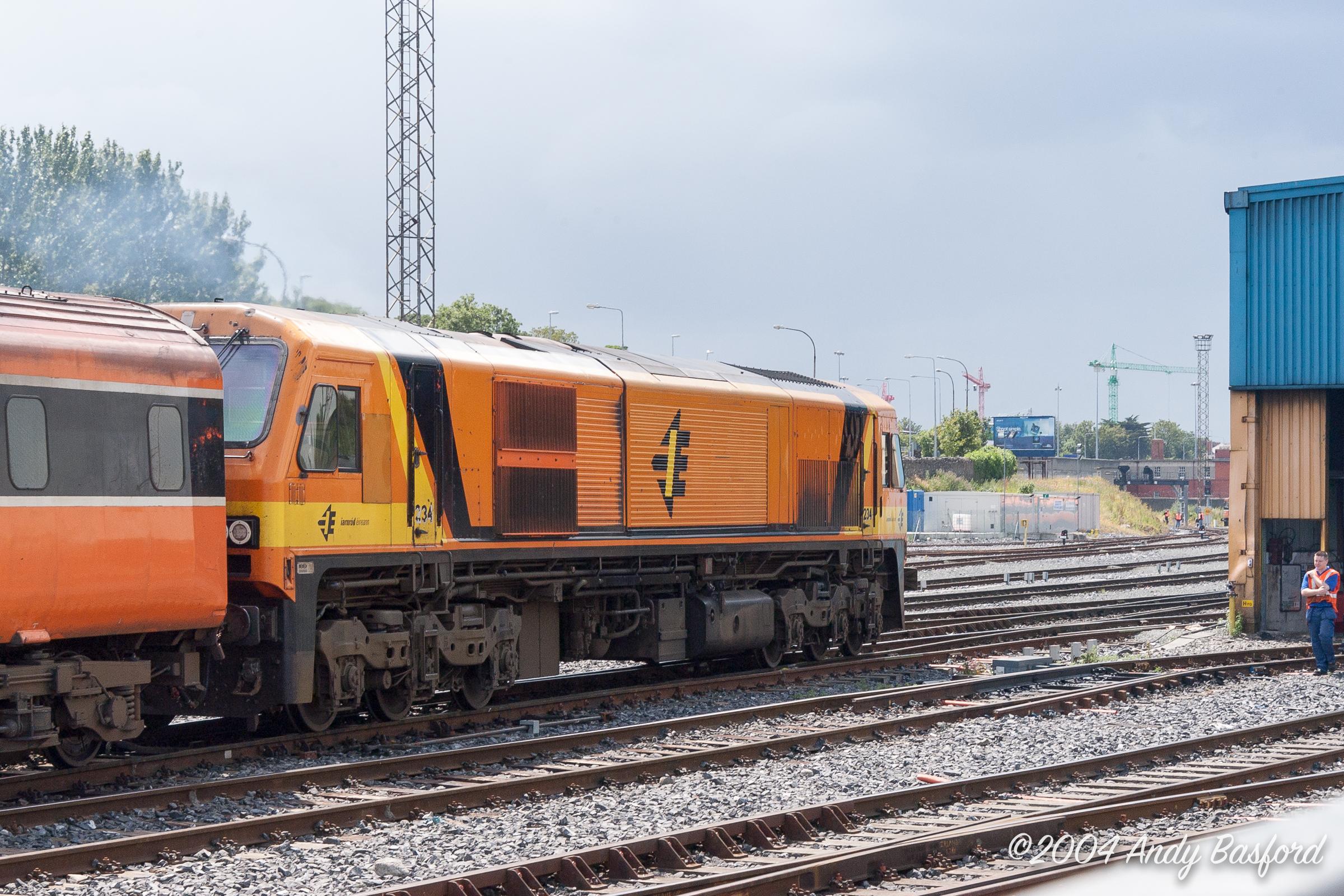 Iarnród Éireann 201 class Co-Co DE 234-20040630