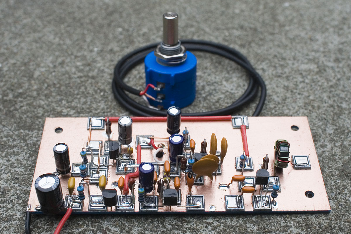 The Sproutie Mk Ii Hf Regen Receiver Dave Richards Aa7ee Wa0uwh Electronics Ham Radio Blog Micro Fm Transmitter Next 2 Shots Are Same Board But At An Earlier Point When I Was Using 1uf Caps For Interstage Coupling They Blue Box Like