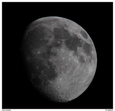 Luna creciente, click para tamaño completo
