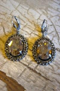 Silver Oval Crystal Earrings | Earring | La Vie Parisienne
