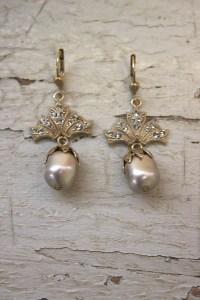 Rhinestone & Pearl Earrings | Earring | La Vie Parisienne