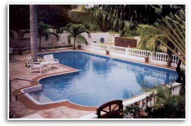 Hydra Inground Swimming Pools   20x40x50 True ell