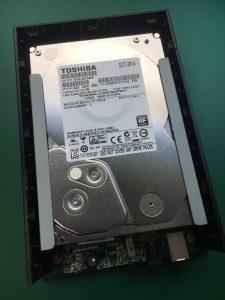 パソコンに挿しても電源が入らないI/O DATA製外付けHDDのデータ復旧