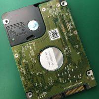 落下衝撃によりビープ音が鳴り電源がつかなくなったノートPCのデータ復旧