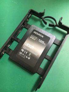 パスワードが分からなくなった自作PCのADATA製SSDデータ復旧