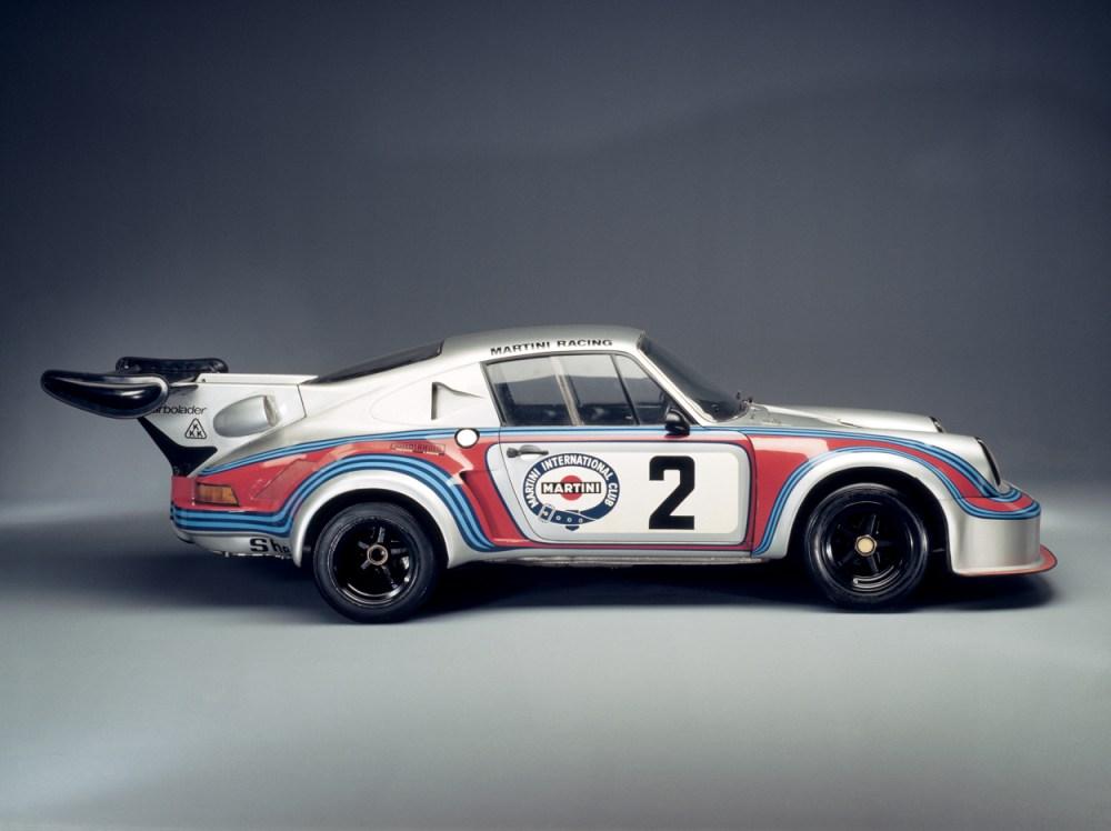 medium resolution of above 1974 911 carrera turbo rsr