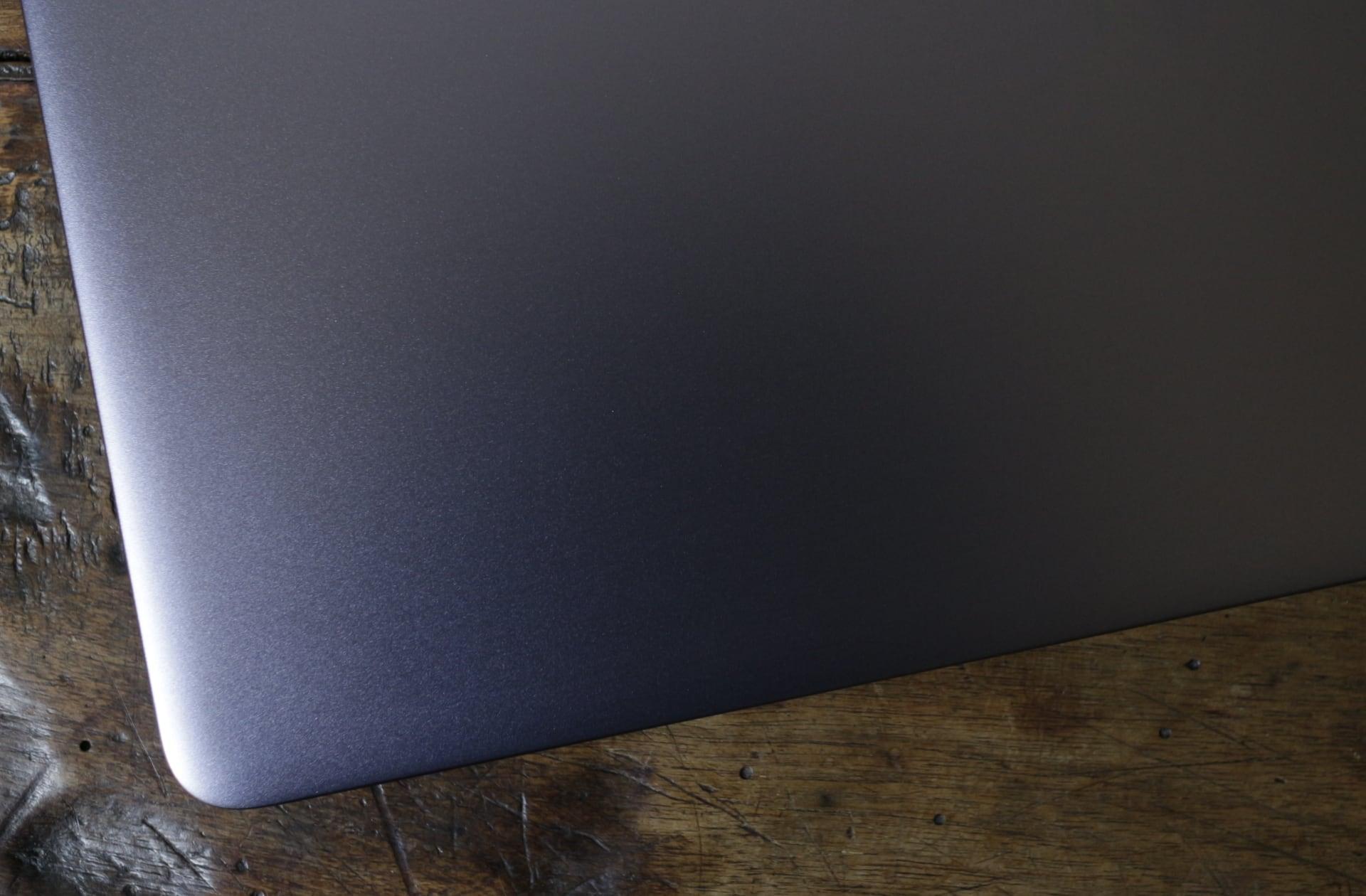 Notebook Mid Range Intel Core i5-8250U Allumino MacOS e Windows 10 2
