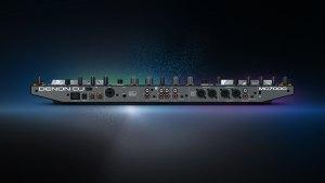 Denon MC7000 DJ Controller back