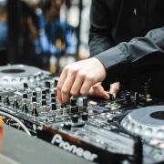 Top 11 Ways DJs Can Earn More Business