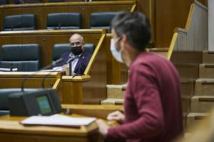 El PCE-EPK reprocha la actitud del PNV y EH Bildu impidiendo un reconocimiento del Parlamento Vasco a la II República en su 90 aniversario.