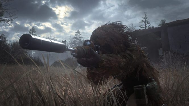 A concealed sniper in a ghillie suit in one of the best sniper games: Call of Duty: Modern Warfare Remastered