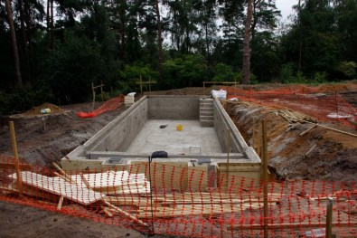 Foundations for water feature