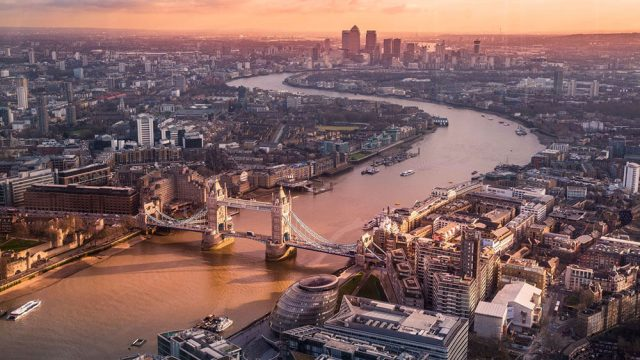 4 UK Cities You Need to Know if You Work in Financial Services