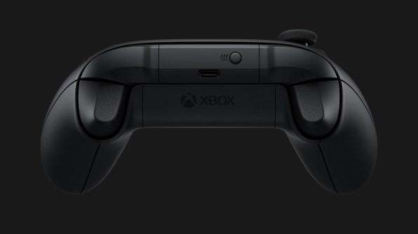 Xbox Series X - Mando (2)