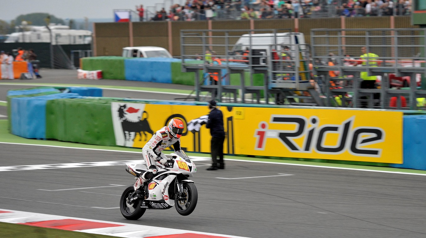 MagnyCours_VdMark_finish