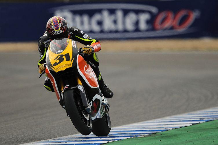 2010: Campeón CEV Moto2. Team Gigaset Laglisse y Suter