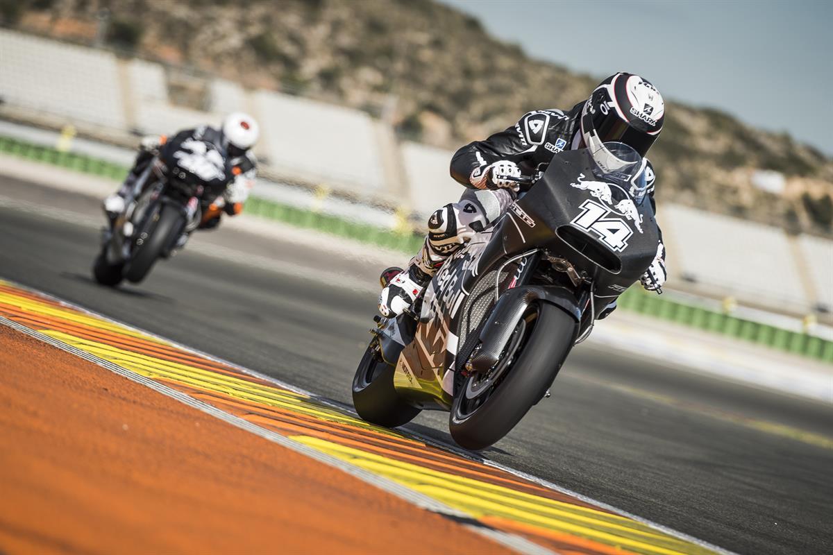 Randy de Puniet & Mika Kallio KTM RC16 Valencia 2016