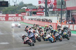 Salida del Gran Premio de Argentina de Moto2
