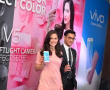 Afgansyah Reza dan Pevita Pearce Jadi Brand Ambassador Baru Vivo V5