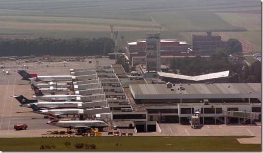 aerodrom beograd 2907 2005 snimio o. radosevic