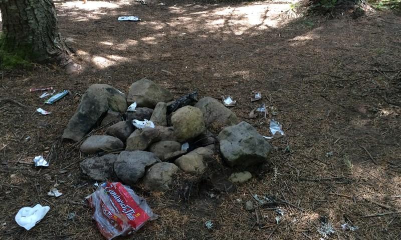 pct-pacific-crest-trail-camp-trash-hiking-oregon-pctoregon.com