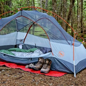 gear-gift-guide-big-ages-copper-spur-tent-hiking-camping