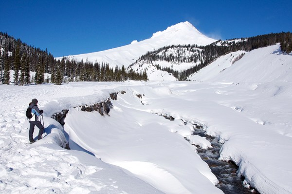 snowshoe-mount-hood-white-river-sno-park-pct-pacific-crest-trail-oregon