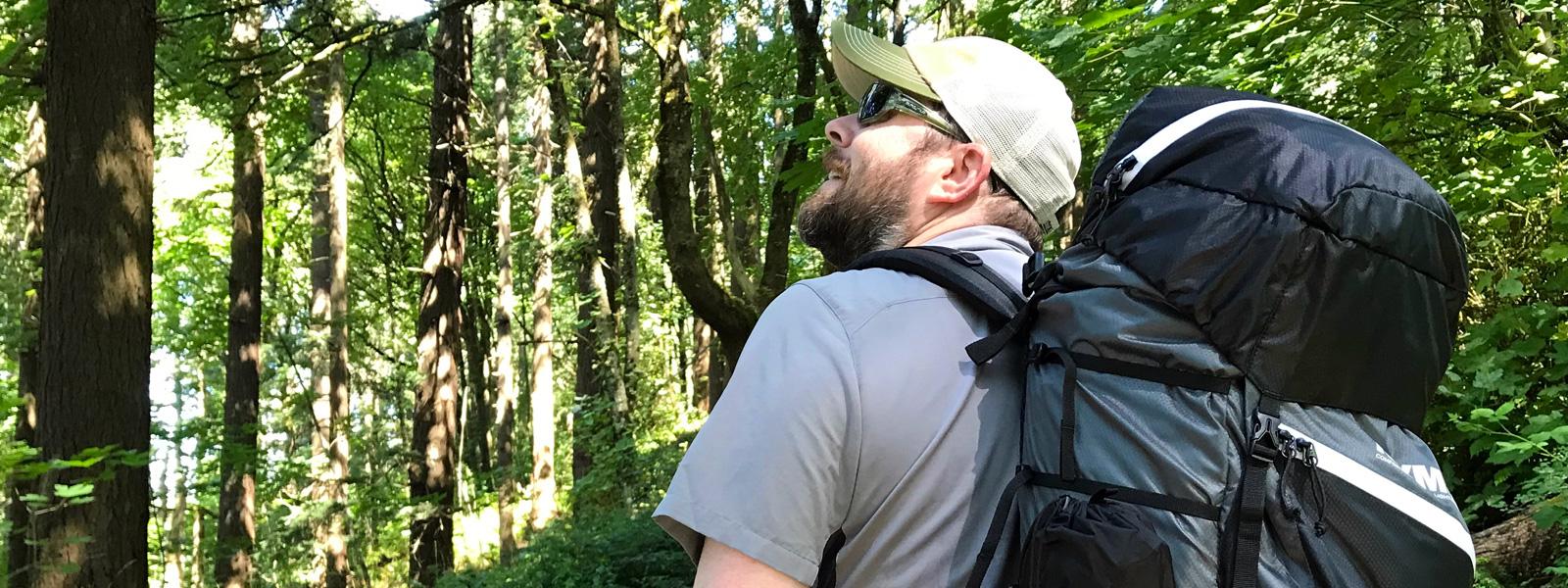 Hand Pump on Shoulder Straps Hiking Details about  /Klymit 60L Airframe Backpack