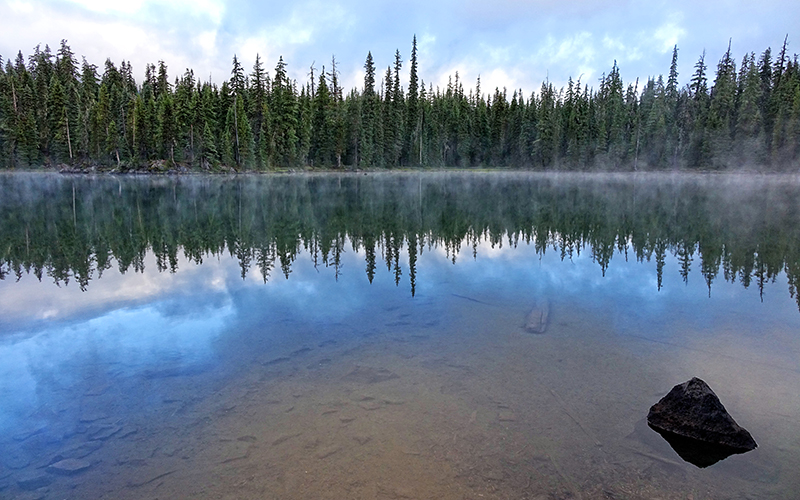brahma lake three sisters wilderness oregon