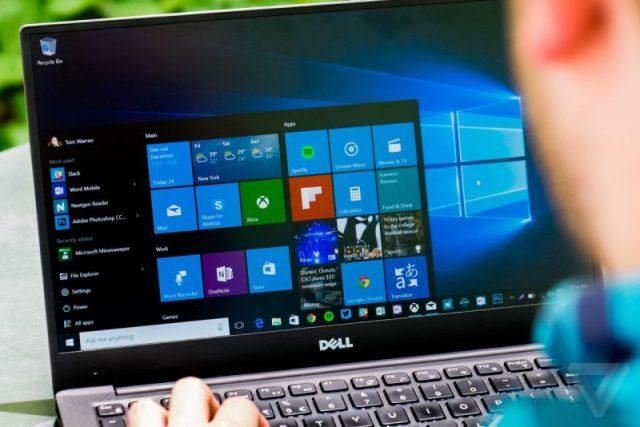 Portatile DELL con menù start aperto di Windows 8.1